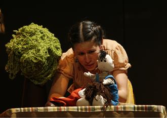 Lágrimas de agua dulce con la actuación de Ana Zavala se presenta en el Teatro El Granero, mayo 2009
