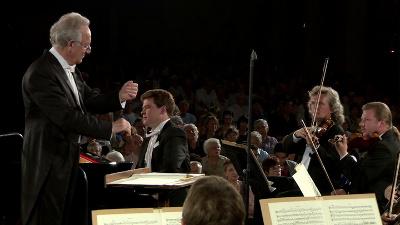 Yuri Temirkanov dirige a la Orquesta Filarmonica de San Petersburgo. Palacio de Bellas Artes, marzo 2014